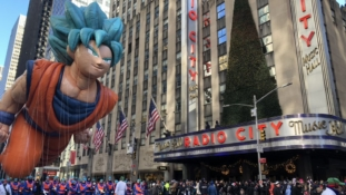 Dragon Ball Super : Gokû invité de la parade de Macy's pour Thanksgiving